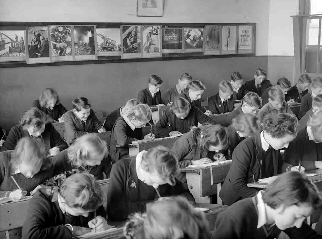 Comment etait l Education au Moyen-âge ?